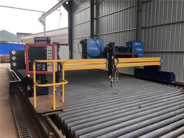 Automatisierte CNC-Plasma-Schneidemaschine, die 4 m Spannweite, 15 m Schienen doppelt antreibt